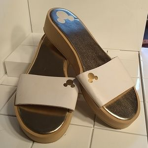Disney Slides size 8